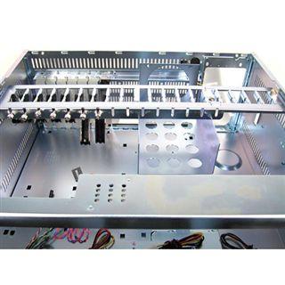 "19"" (48,26cm) Chieftec RM UNC-410B-50R Desktop Gehäuse 1000W Schwarz"